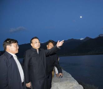 李克强:促进可持续发展 不断改善民生 加强民族团结 推动富民兴藏